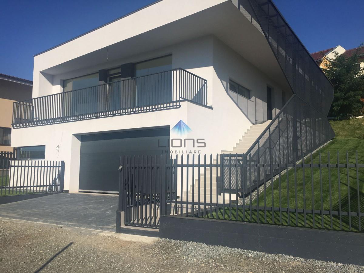 Vila 5 camere de vanzare in Borhanci
