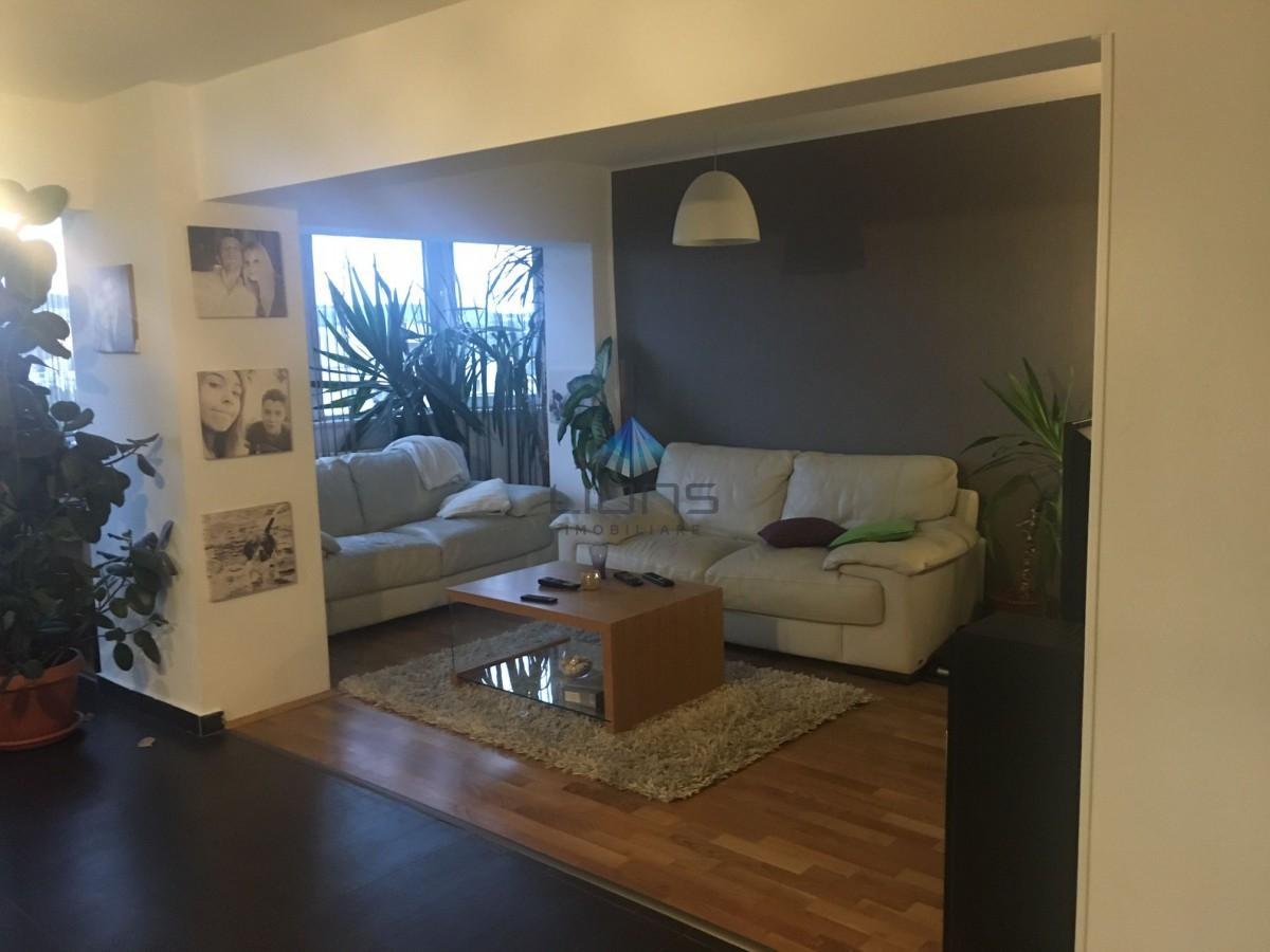 Apartament 4 camere de vanzare in Manastur