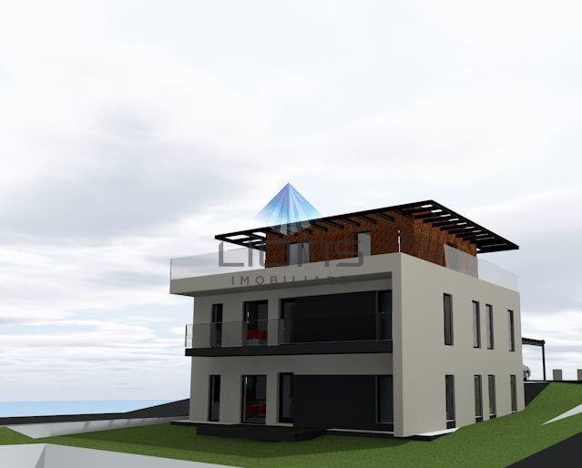 Apartament 4 camere de vanzare in Gruia